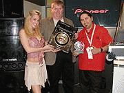 "The 2004 ""Crystal Disc "" Awards at NAMM-Body-4"