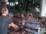 REMIX HOTEL ROCKS MIAMI—AGAIN!-Body-3