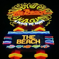 Las Vegas Nightclubs The Beach Djzone Dj Magazine